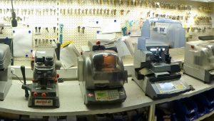 Unsere modernen CNC-Fräsen zur Herstellung von Schliessanlagen